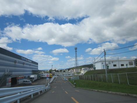 ケーズデンキ駐車場から3号線北 002.JPG