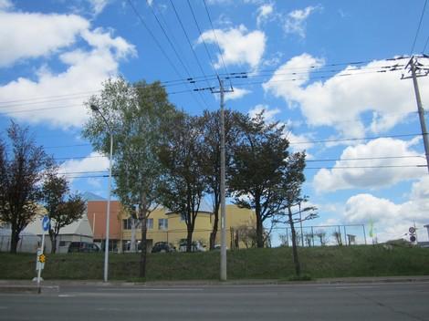 ケーズデンキ駐車場から3号線北 012 (2).JPG