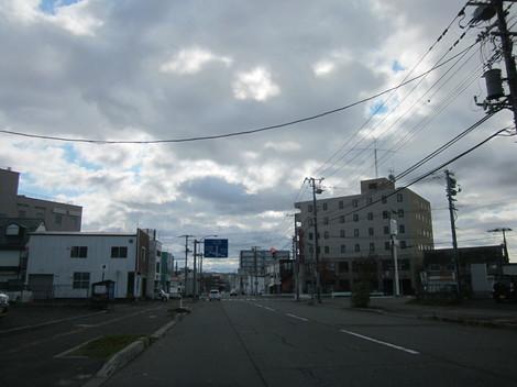 中央通り・駅・バス会社 006.JPG