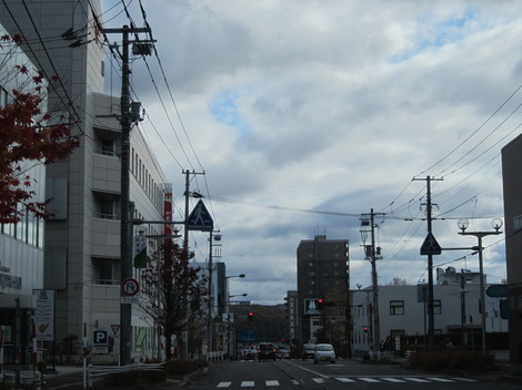 中央通り・駅・バス会社 008.JPG