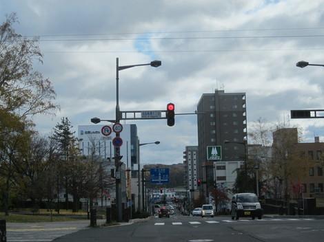 中央通り・駅・バス会社 009.JPG