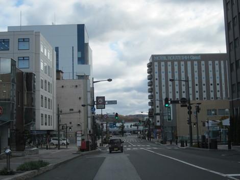 中央通り・駅・バス会社 012.JPG