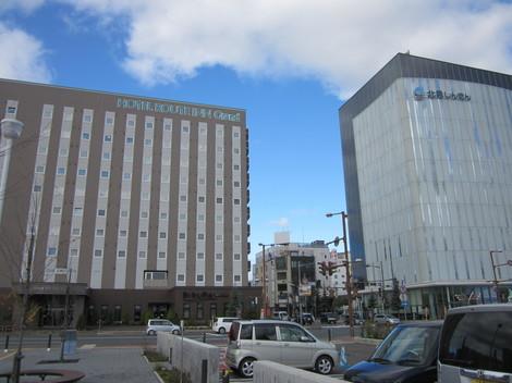 中央通り・駅・バス会社 017.JPG