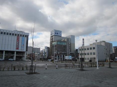 中央通り・駅・バス会社 018.JPG