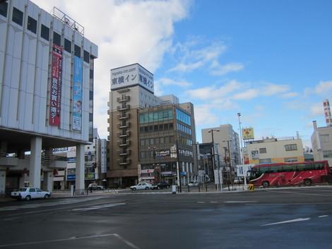 中央通り・駅・バス会社 023.JPG