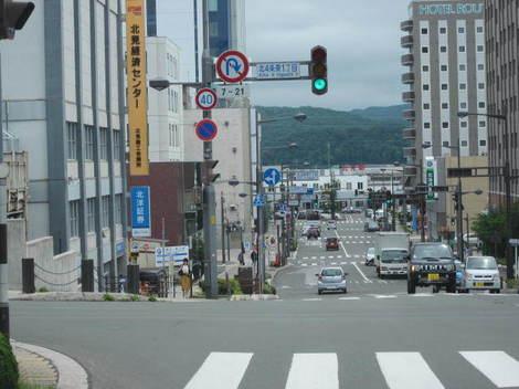 経済センターなど駅前 012.JPG