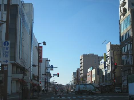 駅から西 003.JPG