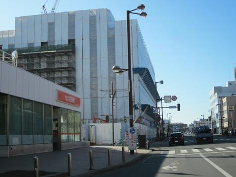 駅から西 006.JPG
