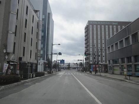 駅前・パラボ・役所へ 002.JPG